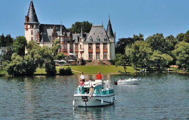 hausboot-uebernachtung-vetus-rechlin-urlaub