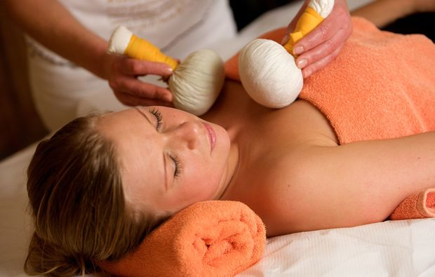 wellness-wochenende-deluxe-bad-fuessing-entspannung