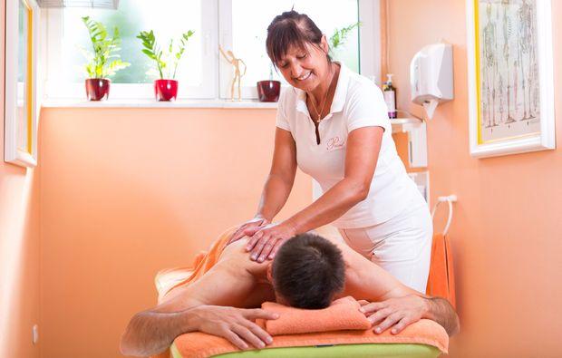 wellness-wochenende-deluxe-bad-fuessing-sportmassage