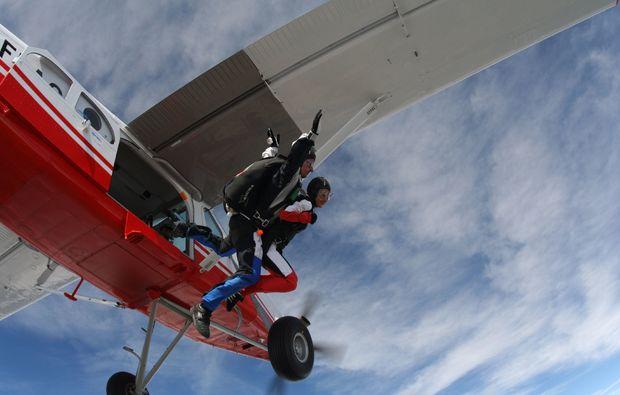 fallschirm-tandemsprung-thalmaessing-fallschirmsprung