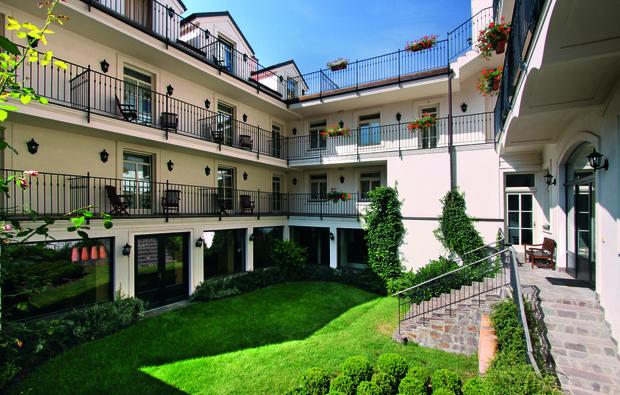 staedtetrip-hotel-prag1517574010_big_1