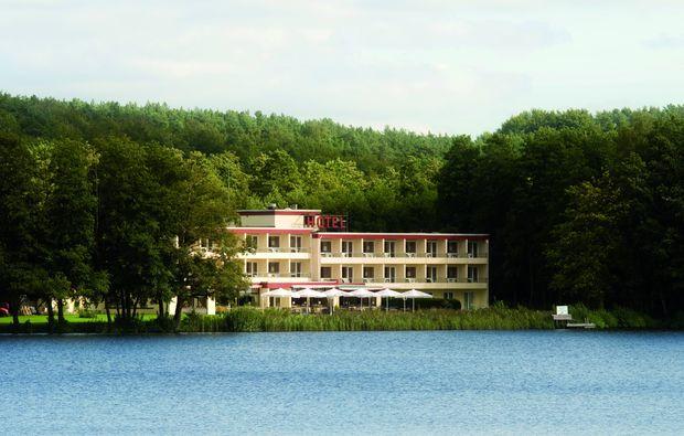 schlemmen-traeumen-moelln-am-schulsee-hotel
