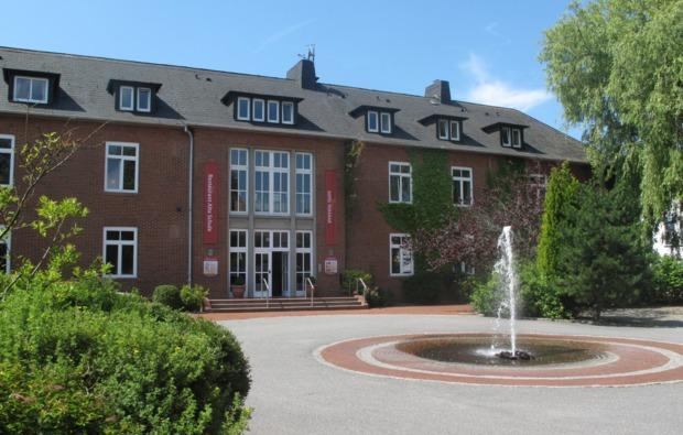 kurzurlaub-meer-toenning-hotel