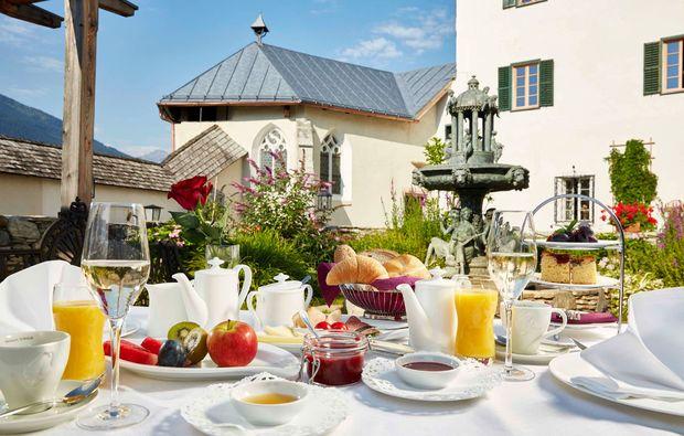 romantikwochenende-mittersill-fruehstueck