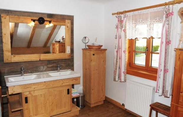zauberhafte-unterkuenfte-unterach-am-attersee-badezimmer