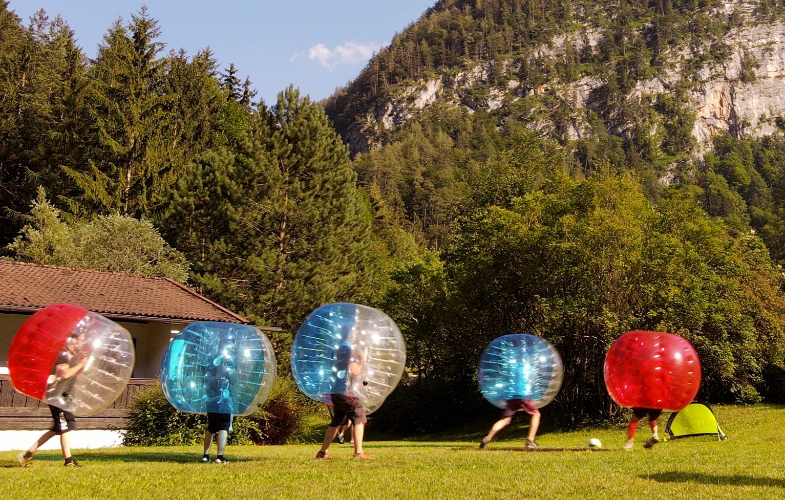 bubble-football-grossgmain-bg2