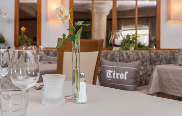 candle-light-dinner-fuer-zwei-trins-restaurant