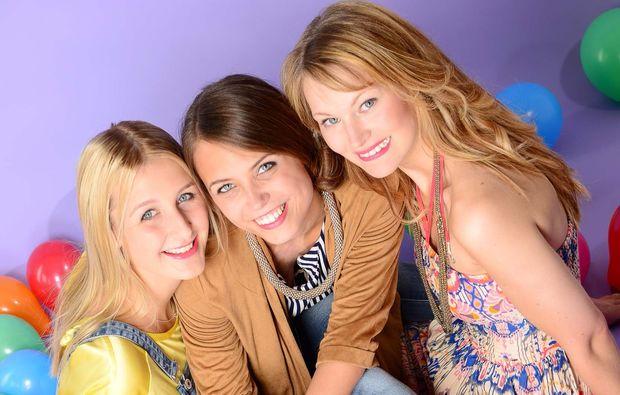 best-friends-fotoshooting-innsbruck-trio