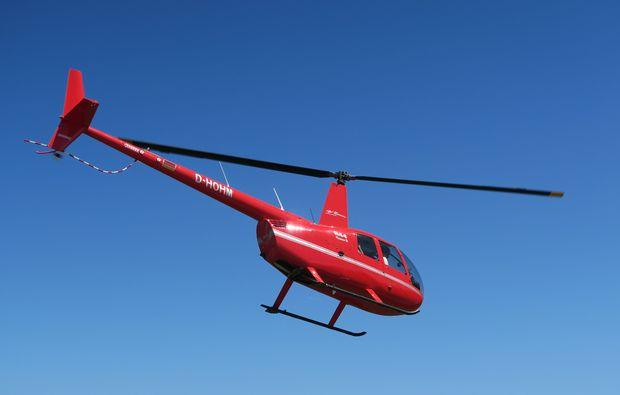 hubschrauber-rundflug-salzkammergut-spannung
