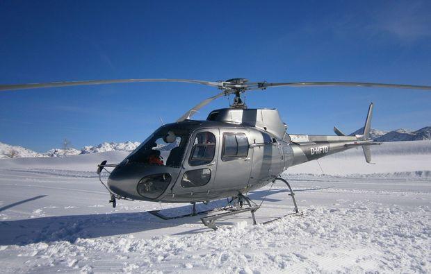 hubschrauber-rundflug-salzkammergut-winter