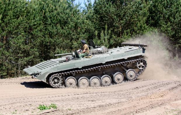 panzer-fahren-mahlwinkel-bg2