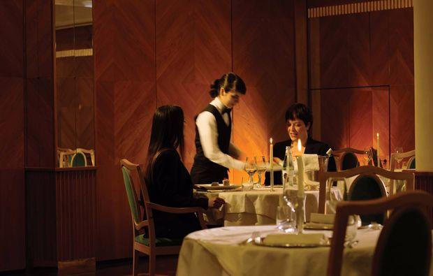 romantikwochenende-levico-terme-dinner