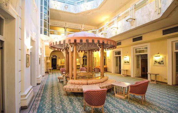 romantikwochenende-levico-terme-lounge