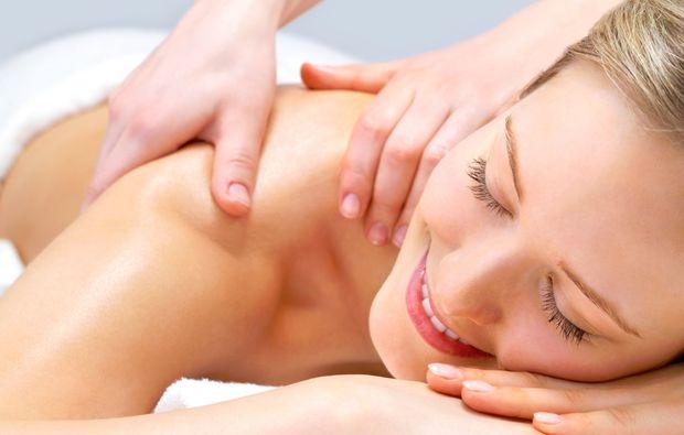 ayurveda-massage-wien