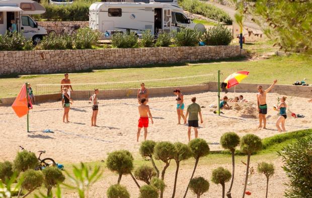 kurztrip-mali-losinj-volleyball