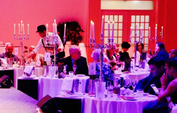 moerder-dinner-schloss-rosenburg-dinnershow