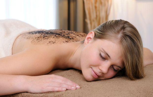 wellness-wochenende-deluxe-bad-hofgastein-massage