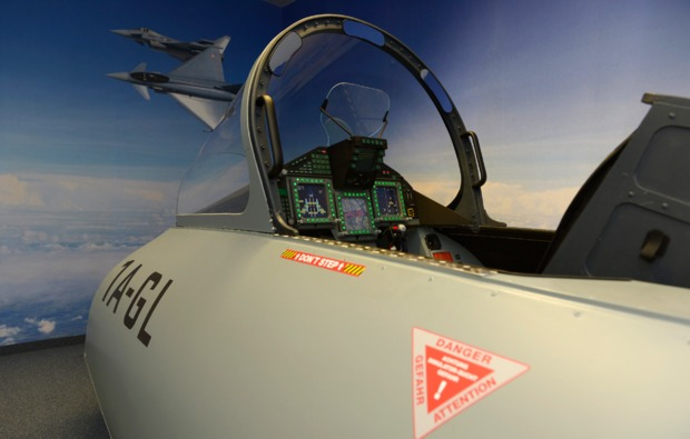 4d-flugsimulator-wien-simulator