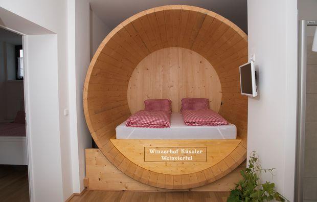 weinfass-uebernachtung-stillfried