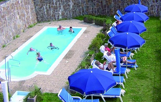 wellnesshotels-segonzano-schwimmbad