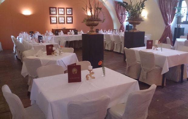 kerzenschein-dinner-fuer-zwei-graz