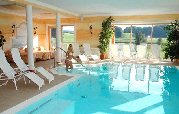 kurztrip-fuer-bierliebhaber-franking-schwimmbad