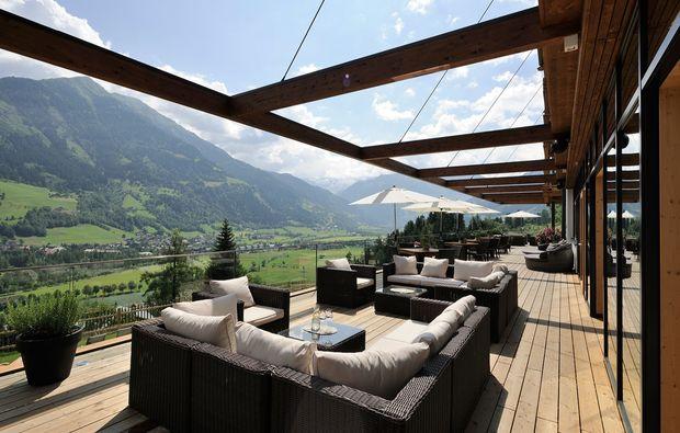 kuschelwochenende-bad-hofgastein-terrasse