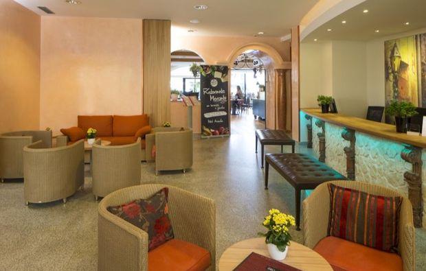 kurzurlaub-locarno-lobby