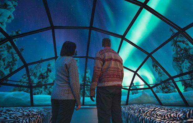erlebnisreise-saariselkae-glas-iglu-lappland-fuer-zwei
