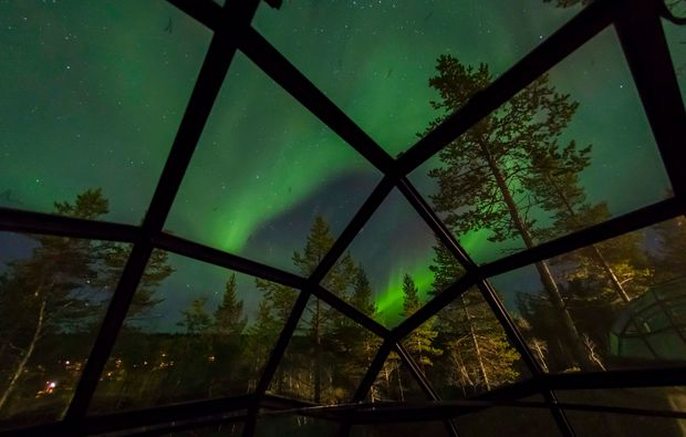 erlebnisreise-saariselkae-glas-iglu-lappland-nordlicht