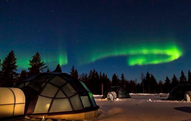 erlebnisreise-saariselkae-glas-iglu-lappland-uebernachten