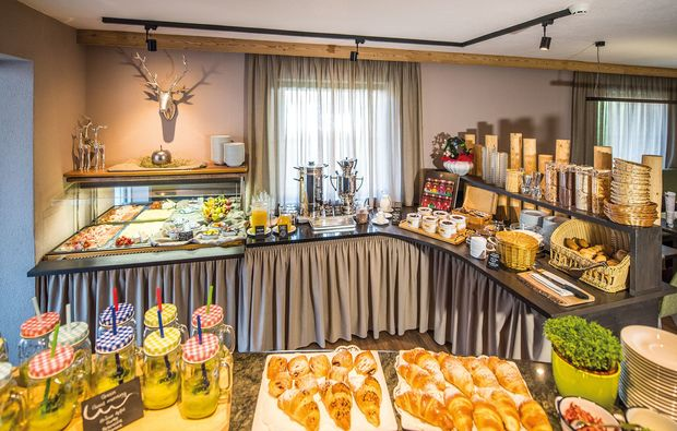 skiurlaub-steinhaus-im-ahrntal-buffet