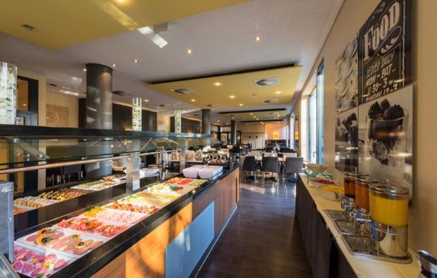 traumtag-fuer-zwei-frankfurt-am-main-buffet