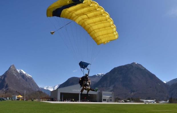 fallschirm-tandemsprung-bovec-freude