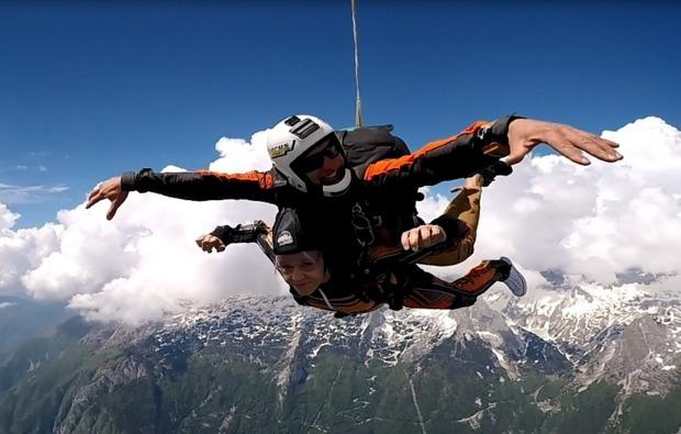 fallschirm-tandemsprung-bovec-sprung