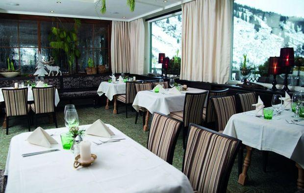 gourmetrestaurants-fuer-zwei-stuben-am-arlberg-restaurant