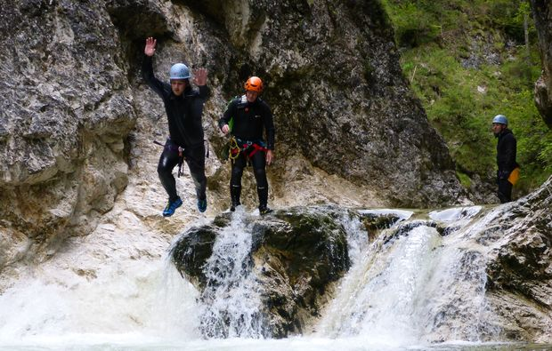 canyoning-tour-steinbach-am-attersee-springen