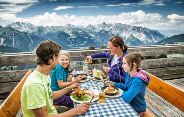 fruehstueckszauber-fuer-zwei-st-gallenkirch-geniessen