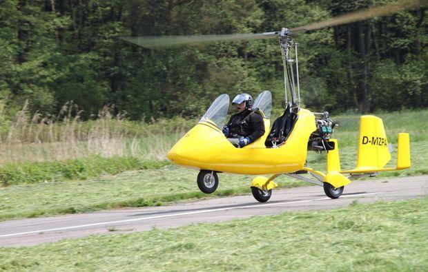 pilot-fuer-einen-tag-mit-einem-gyrocopter-flug