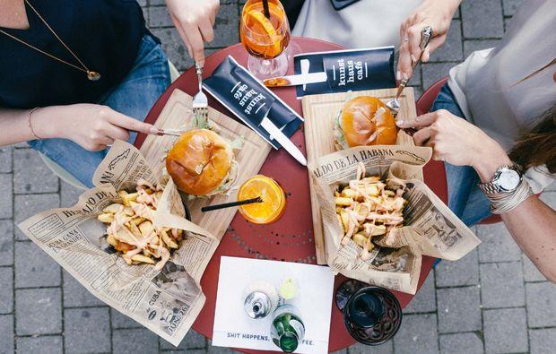 stadt-kultour-kunsthaus-graz-burger