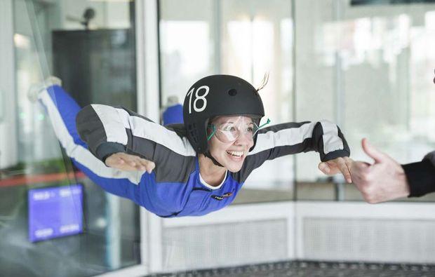 indoor-bodyflying-wien-spass