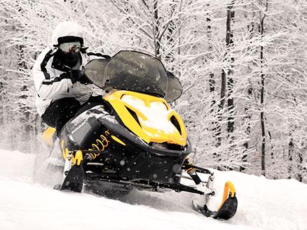 Schneemobil-fahren-ha
