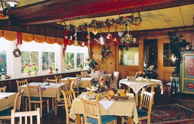 zauberhafte-unterkuenfte-seeboden-restaurant
