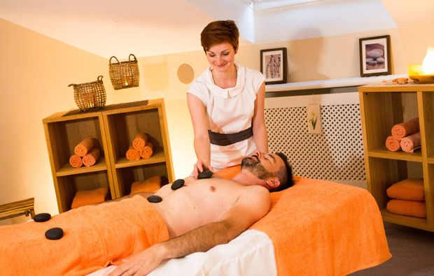 wellnesshotels-bad-fuessing-hotstonemassage