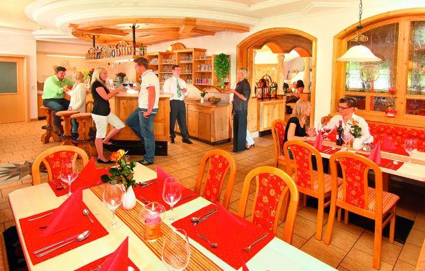 zauberhafte-unterkuenfte-tweng-restaurant