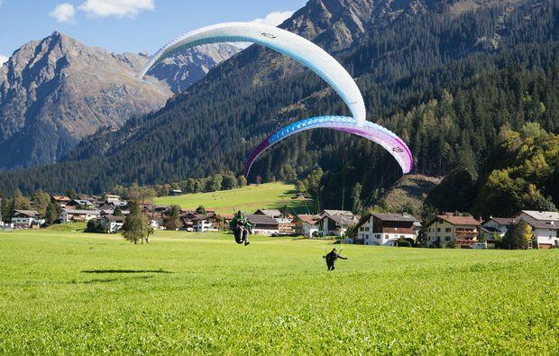 klosters-gleitschirm-tandemflug-paragliding