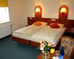 4-zauberhafte-unterkunft-hotel-garni-weserlounge-kleinenwieden