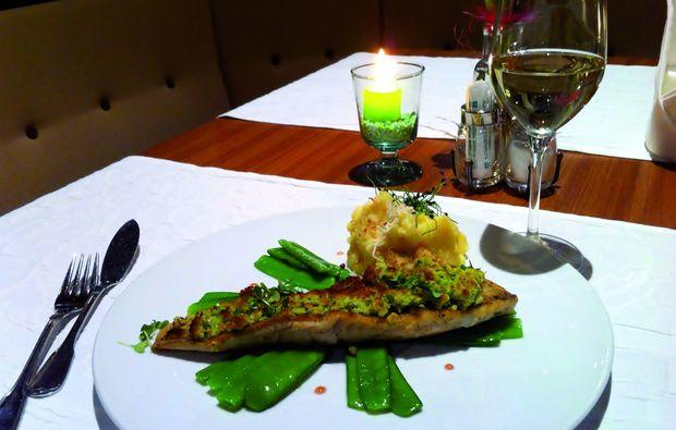 candle-light-dinner-fuer-zwei-ebbs-essen