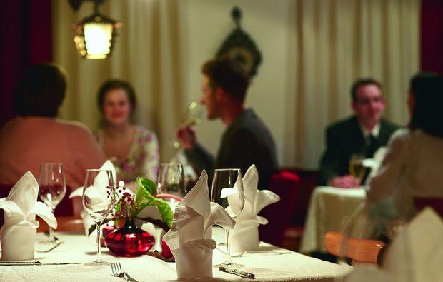 candle-light-dinner-fuer-zwei-ebbs-romantik