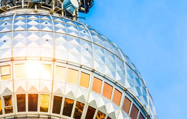 traumtag-fuer-zwei-berlin-fernsehturm